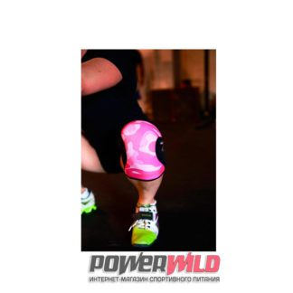 на фото Наколенники KneeCaps Pink Camo (5 мм) (RockTape)